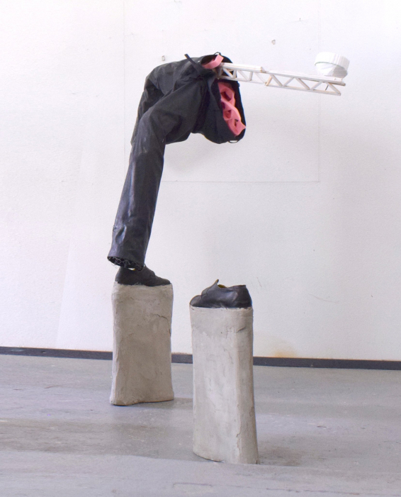 https://toonfibbe.com:443/files/gimgs/th-84_SculptureForWebstie.jpg